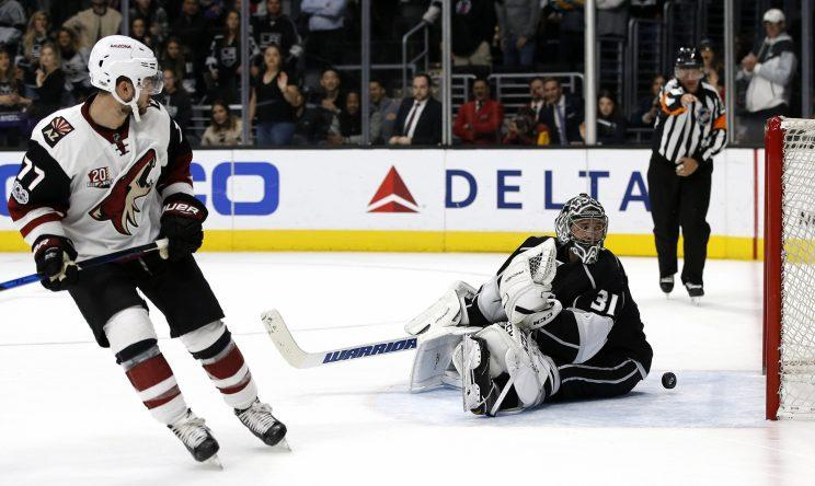 La Kings Blow Late Lead Lose In 11 Round Shootout To Coyotes