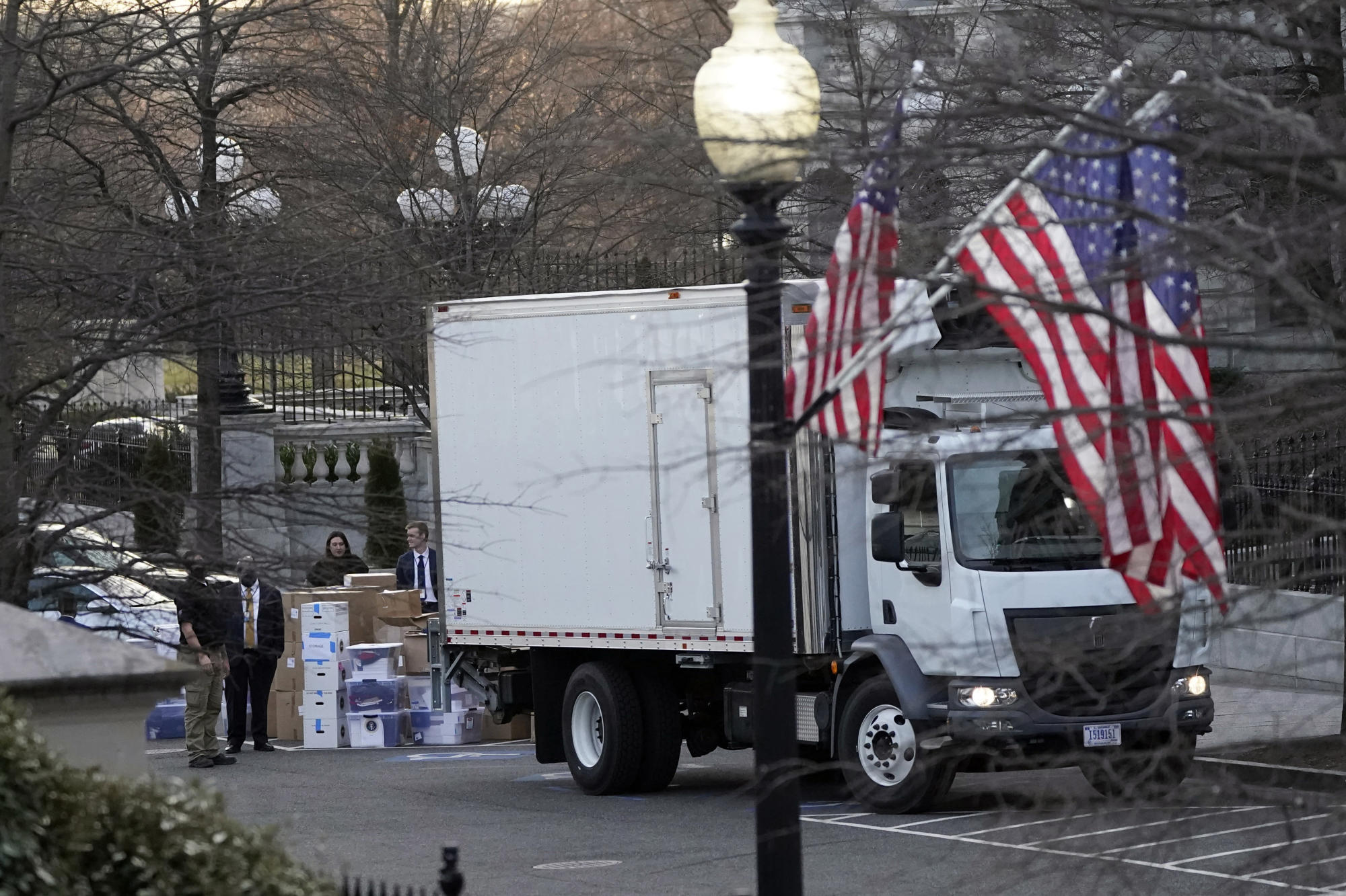 Inauguration Day also is move in/out day at the White House - Yahoo News