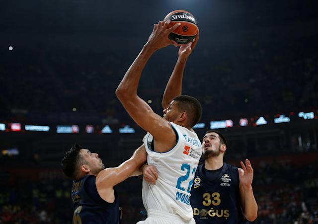 Basketball - Euroleague Final Four Final - Real Madrid vs Fenerbahce Dogus Istanbul - Stark Arena, Belgrade, Serbia - May 20, 2018 Real Madrid's Walter Tavares in action REUTERS/Alkis Konstantinidis