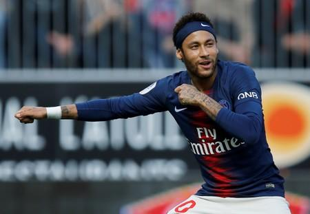 Soccer: Prosecutors to drop rape charges against Neymar