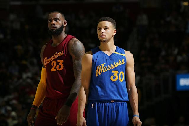 "LeBron James doesn't want to share a shadow with <a class=""link rapid-noclick-resp"" href=""/nba/players/4612/"" data-ylk=""slk:Stephen Curry"">Stephen Curry</a>. (Getty Images)"
