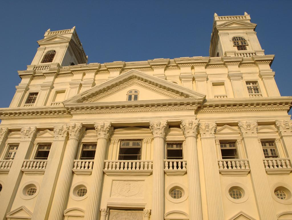 Till date, a little of the old impress remains in places like the colonial capital of Old Goa.