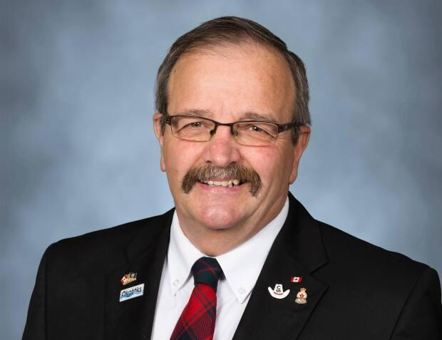 Okotoks Mayor Bill Robertson passed away earlier this month and touched the lives of many in the small town and beyond. (Submitted by the Town of Okotoks - image credit)