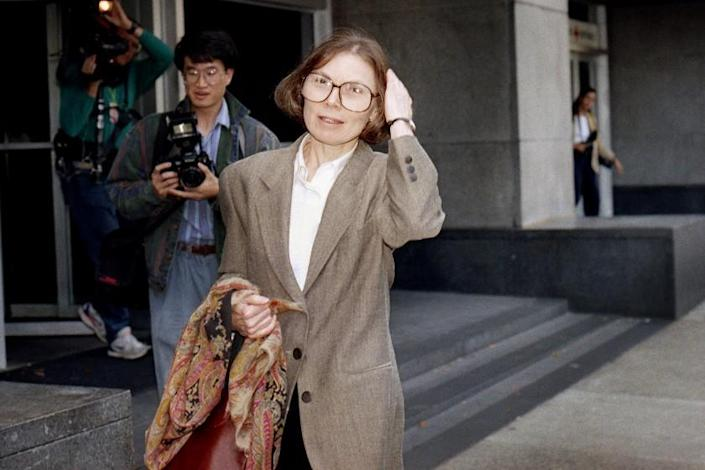 New Yorker writer Janet Malcolm leaves the Federal Courthouse in San Francisco
