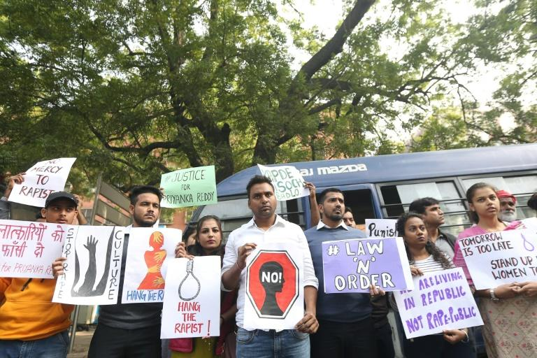 The killing sparked new outrage in a country that has been in the international spotlight over its handling of sex assaults since the brutal gang-rape and murder of a student on a Delhi bus in 2012 (AFP Photo/STR)