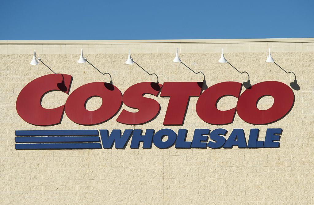 Shopping at Costco can be daunting, but the customer service can't be beaten. Here are eight reasons why Costco has the best customer service in America.