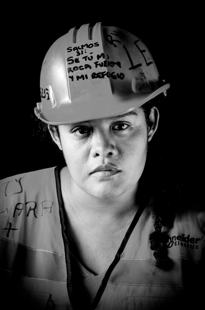 <p>Leticia Guevara, a 32-year-old nursing assistant who volunteered to remove debris and unload provisions after the 7.1 earthquake that hit Mexico on Sept. 19, poses on Sept. 25, 2017.<br> (Photo: Omar Torres/AFP/Getty Images) </p>
