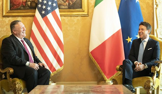 Italian Premier Giuseppe Conte (right) meets with US Secretary of State Mike Pompeo at Chigi Palace in Rome on Wednesday. Photo: EPA-EFE/Chigi Palace Press Office