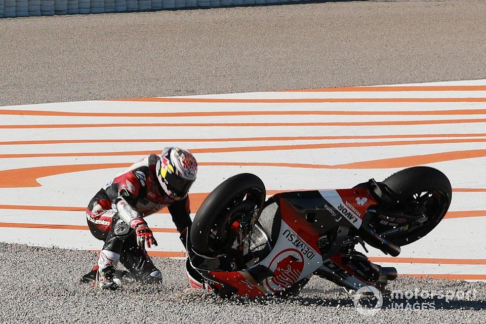 "Takaaki Nakagami, Team LCR Honda crash<span class=""copyright"">Gold and Goose / Motorsport Images</span>"