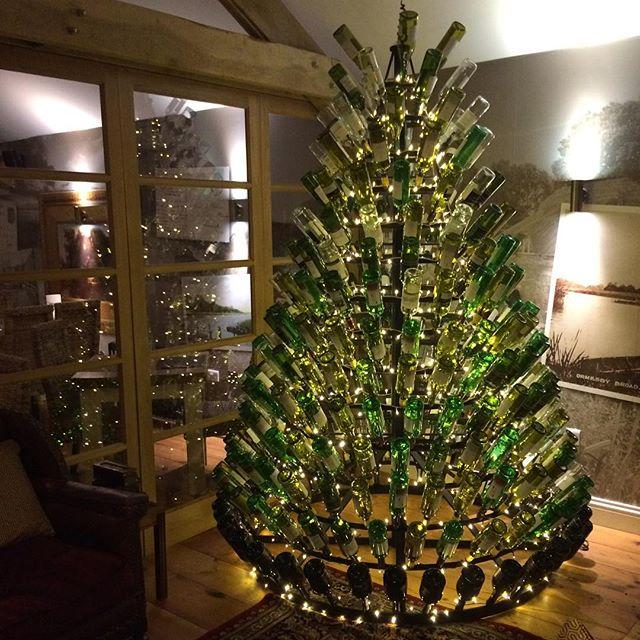 People are using their empty wine bottles to make for How to make a wine tree