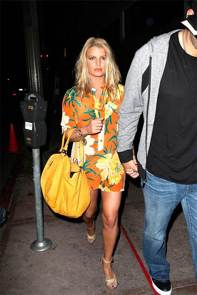 "Jessica Simpson proves that very few women (or men, for that matter) look yummy in yellow ... or orange ... or frightening florals. <a href=""http://www.x17online.com"" target=""new"">X17 Online</a> - April 11, 2009"