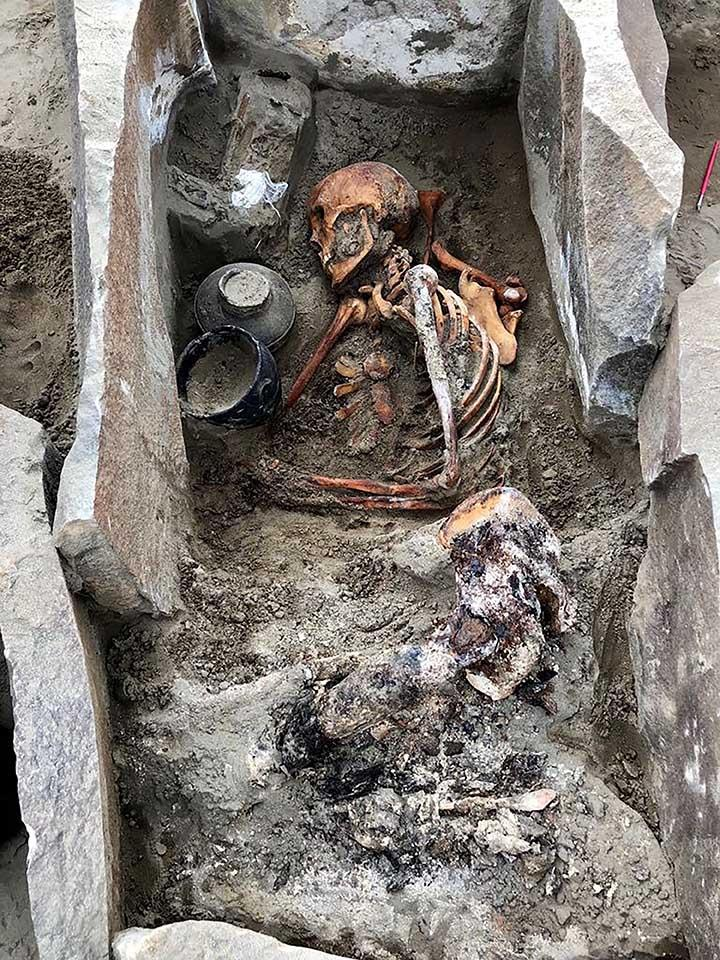 Tombs were unearthed at the site (Siberian Times)