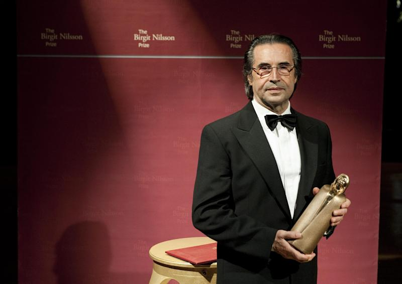 Italian maestro conductor Riccardo Muti of the Chicago Symphony Orchestra holds his trophy after receiving the Birgit Nilsson Prize during the Birgit Nilsson Prize award ceremony at the Royal Opera in Stockholm, Sweden, on Thurday Oct. 13, 2011. The Birgit Nilsson prize is awarded for outstanding achievement in opera and concert to active classical musicians.  (AP Photo/Scanpix Sweden/Pontus Lundahl)  **  SWEDEN OUT  **