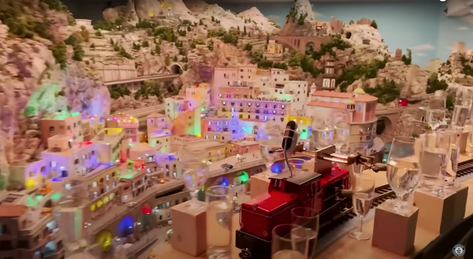 """The Miniatur Wunderland museum in Germany has set a new world record for """"longest melody played by a model train,"""" and the whole 8-mile-long song is amazing."""