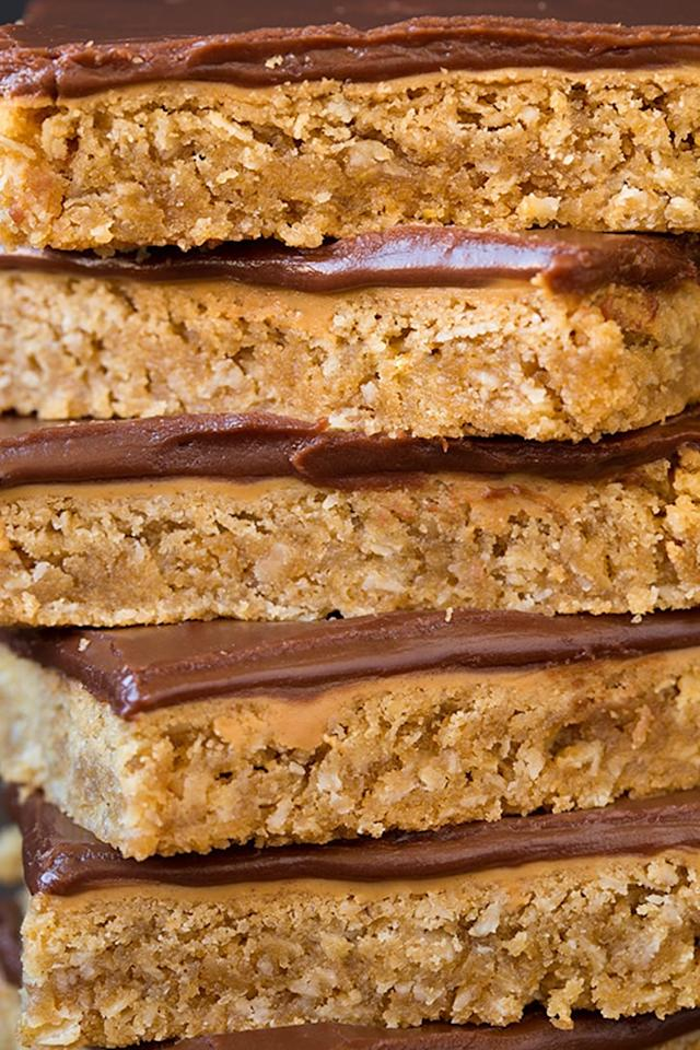 "<p><strong>Get the recipe</strong>: <a rel=""nofollow"" href=""https://www.popsugar.com/food/Chocolate-Frosted-Peanut-Butter-Bars-37046099"">chocolate-frosted peanut butter bars</a></p>"