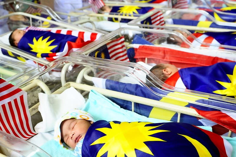 Malaysian women and their children born overseas are actually exposed to unfair and unequal treatment due to the discrimination in Malaysia's nationality laws. — Bernama pic