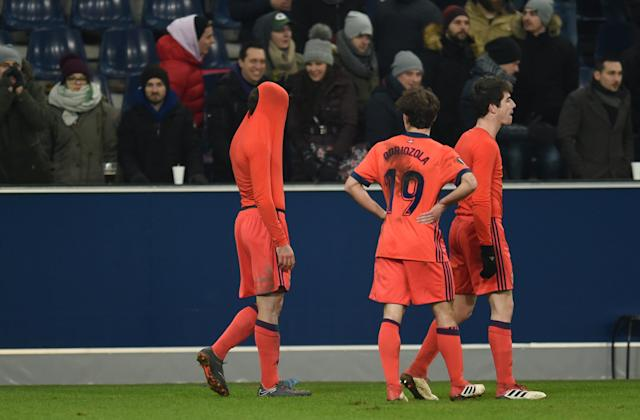 Soccer Football - Europa League Round of 32 Second Leg - RB Salzburg vs Real Sociedad - Red Bull Arena Salzburg, Salzburg, Austria - February 22, 2018 Real Sociedad's Alvaro Odriozola and team mates look dejected at the end of the match REUTERS/Andreas Gebert