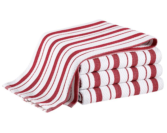 """<div class=""""caption""""> Classic striped kitchen towels; $16 for a set of four. <a href=""""https://www.williams-sonoma.com/"""" rel=""""nofollow noopener"""" target=""""_blank"""" data-ylk=""""slk:williams-sonoma.com"""" class=""""link rapid-noclick-resp""""><em>williams-sonoma.com</em></a> </div> <cite class=""""credit"""">Photo: Williams Sonoma</cite>"""
