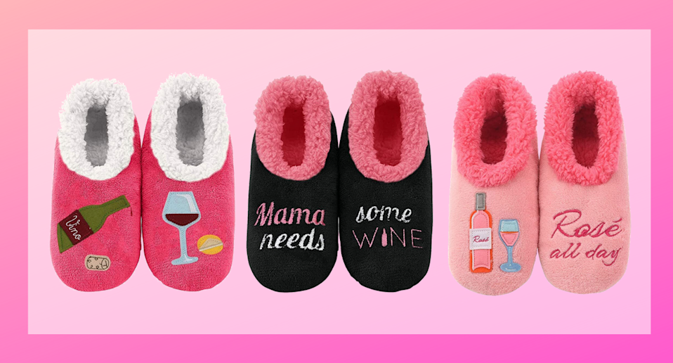 Snoozies Womens Classic Splitz Applique Slipper Socks make a great stocking stuffer for the wine lover on your holiday list.
