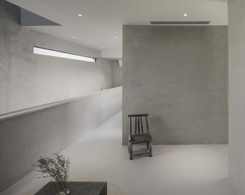 The minimalist concrete interiors of the ultra-accessible Song House