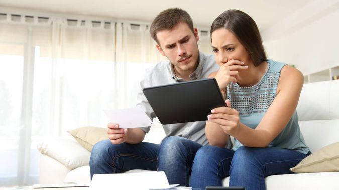 5-reasons-ignoring-your-bank-statement-is-a-huge-mistake.jpg