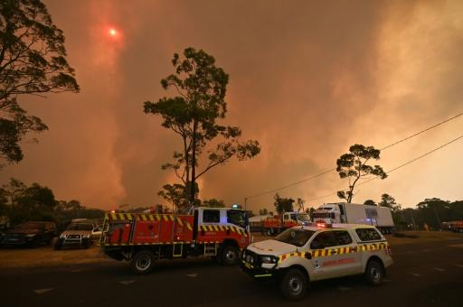 Sydney was shrouded in toxic smoke as blazes flared to its north, south and west, some just 130 kilometres (80 miles) from Australia's largest city