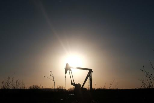 Oil earnings surge but some question skimpy investment