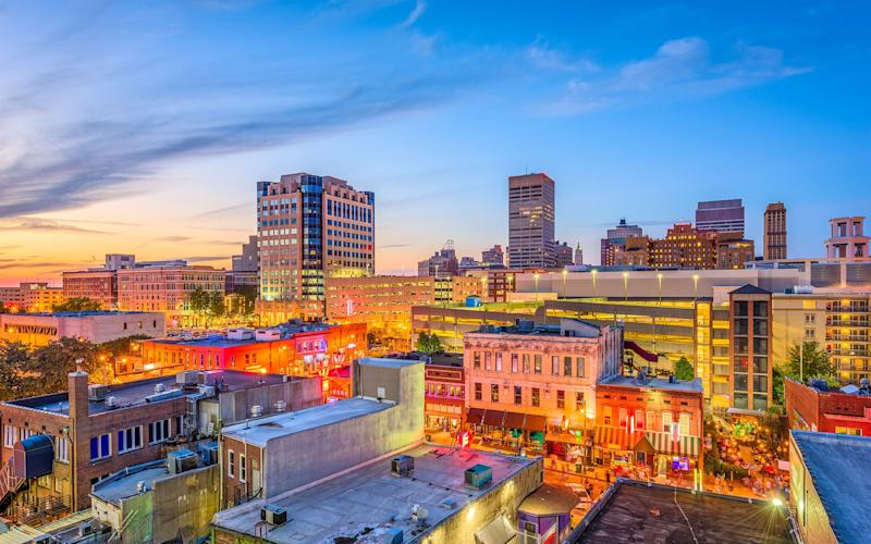 Off to Memphis? Be sure to spend an evening strolling Beale Street - Sean Pavone 2018