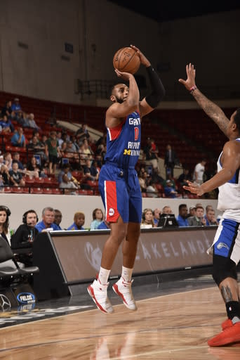 LAKELAND, FL - FEBRUARY 24: Zeke Upshaw #0 of the Grand Rapids Drive shoots the ball during the game against the Lakeland Magic on February 24, 2018 at RP Funding Center in Lakeland, Florida. (Photo by Gary Bassing/NBAE via Getty Images)