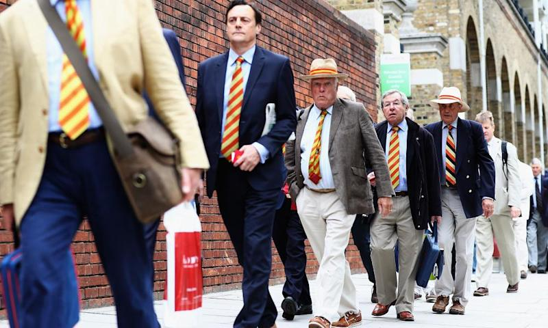 MCC members arrive at Lord's.