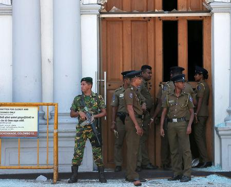 Sri Lankan military stand guard in front of the St. Anthony's Shrine, Kochchikade church after an explosion in Colombo, Sri Lanka April 21, 2019. REUTERS/Dinuka Liyanawatte