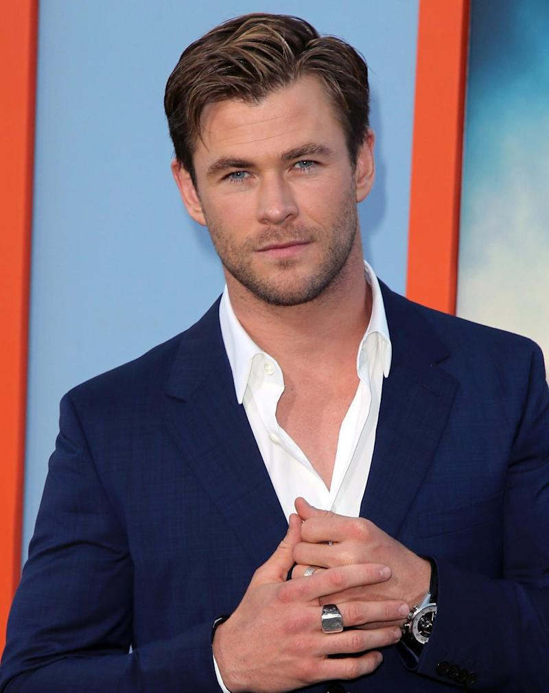 chris hemsworth gif