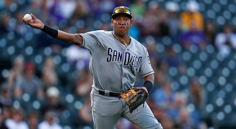 Padres trade Yangervis Solarte to the Blue Jays