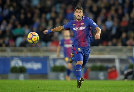 Soccer Football - La Liga Santander - Real Sociedad vs FC Barcelona - Anoeta Stadium, San Sebastian, Spain - January 14, 2018 Barcelona's Luis Suarez in action REUTERS/Vincent West