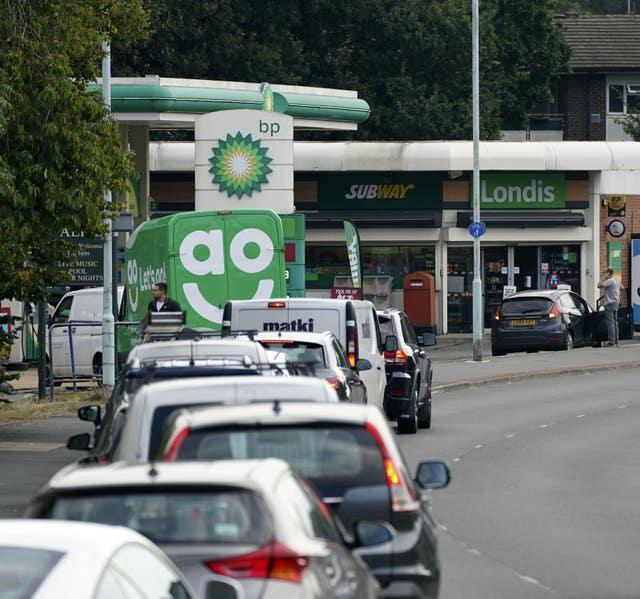 Motorists have continued to queue for fuel on Sunday amid panic buying