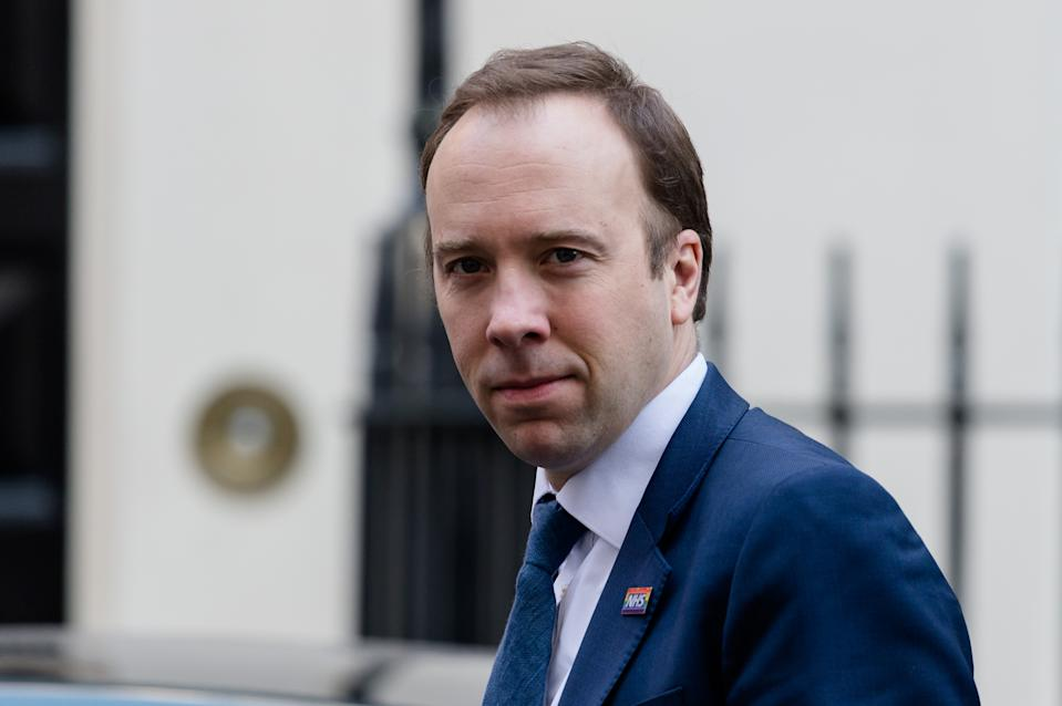 LONDON, UNITED KINGDOM - MARCH 25, 2020: Secretary of State for Health and Social Care Matt Hancock leaves 10 Downing Street on 25 March, 2020 in London, England. The month-long parliamentary Easter recess begins today as the UK is under lockdown imposed to slow down the spread of the Coronavirus.- PHOTOGRAPH BY Wiktor Szymanowicz / Barcroft Studios / Future Publishing (Photo credit should read Wiktor Szymanowicz/Barcroft Media via Getty Images)