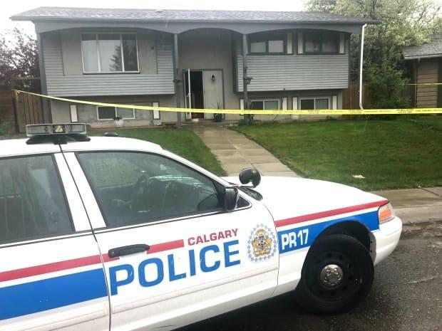 This is the home on Penbrooke Close in the city's southeast where officers fatally shot a woman as she tried to stab her son in May 2018.  (Colin Hall/CBC - image credit)