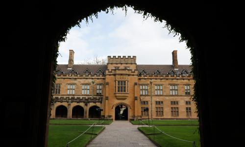 Australia to allow international university students to return before all state borders open