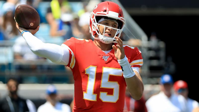 Mahomes erupts for Chiefs, Patriots and 49ers win big