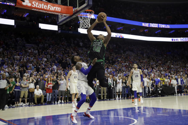 Al Horford comes through with the game-winning bucket. (AP Photo/Matt Slocum)