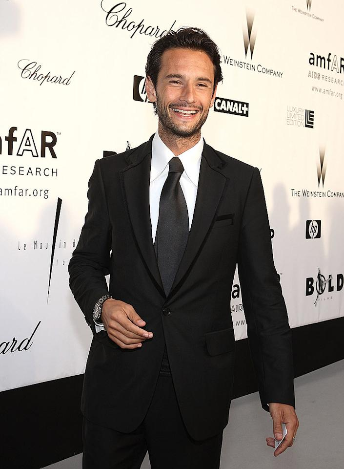 """Rodrigo Santoro's smile is highlighted by his superb scruff. John Shearer/<a href=""""http://www.wireimage.com"""" target=""""new"""">WireImage.com</a> - May 22, 2008"""