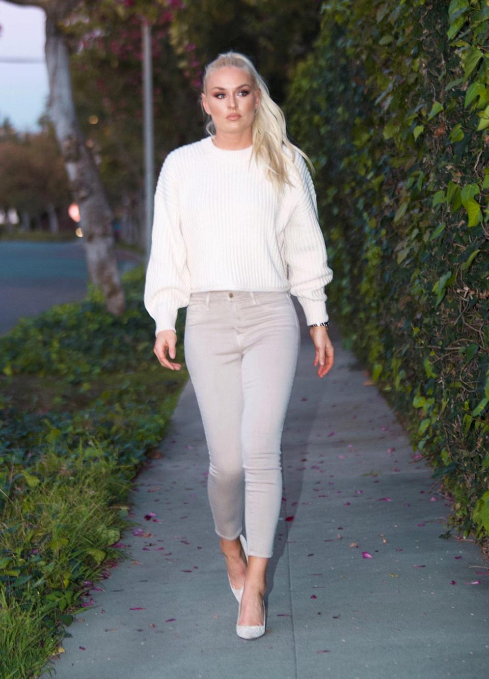 <p>With somewhere to go! Lindsey Vonn steps out to visit a friend in Beverly Hills on Monday.</p>