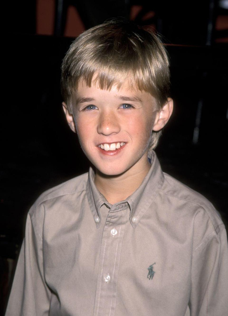 """<p>Haley got his first role in a commercial at the age of 4, following up with guest appearances on many '90s TV shows and minor roles in blockbusters such as <em><a href=""""https://www.amazon.com/dp/B002QVZ71I?tag=syn-yahoo-20&ascsubtag=%5Bartid%7C10050.g.24736857%5Bsrc%7Cyahoo-us"""" rel=""""nofollow noopener"""" target=""""_blank"""" data-ylk=""""slk:Forrest Gump"""" class=""""link rapid-noclick-resp"""">Forrest Gump</a></em>. His breakout role was starring as the troubled child in <em><a href=""""https://www.amazon.com/dp/B004NAB9EE?tag=syn-yahoo-20&ascsubtag=%5Bartid%7C10050.g.24736857%5Bsrc%7Cyahoo-us"""" rel=""""nofollow noopener"""" target=""""_blank"""" data-ylk=""""slk:The Sixth Sense"""" class=""""link rapid-noclick-resp"""">The Sixth Sense</a></em>. He's continued to act, and, as far as we know, he really doesn't see dead people. </p>"""