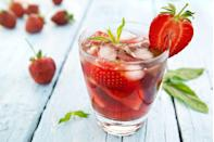 """<p>Sugar-free pink lemonade gives <a href=""""https://sunnysweetdays.com/spiked-strawberry-spritzer-recipe/"""" rel=""""nofollow noopener"""" target=""""_blank"""" data-ylk=""""slk:this cocktail"""" class=""""link rapid-noclick-resp"""">this cocktail</a> flavor without the cals, and Keto-friendly Bacardi gives it a no-carb kick. Add a few strawberries for a pop of color.</p>"""
