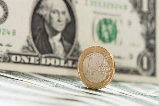 EUR/USD Price Forecast – Euro Finds Trouble at Major Round Figure
