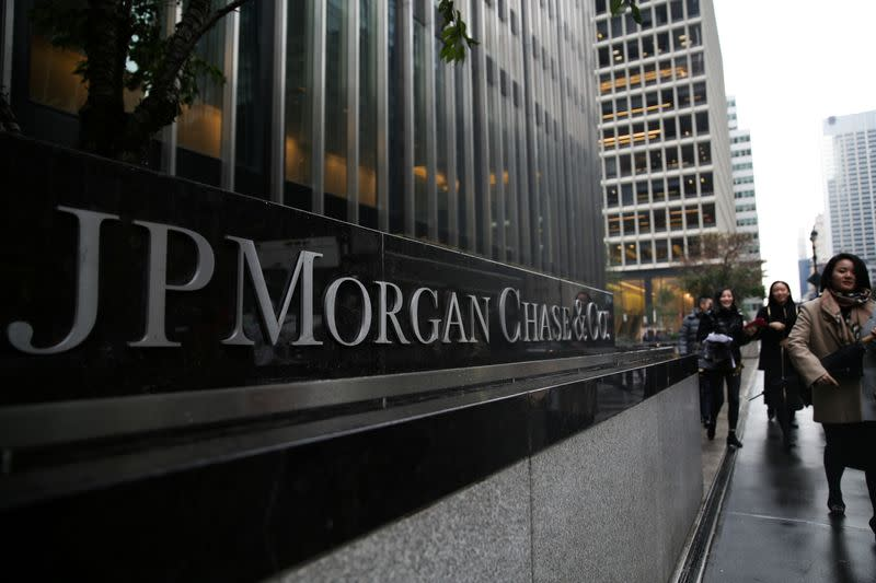 JPMorgan plans to cut hundreds of jobs in consumer unit: Bloomberg