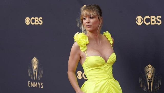 Kaley Cuoco wore a neon yellow look by Vera Wang (AP Photo/Chris Pizzello)