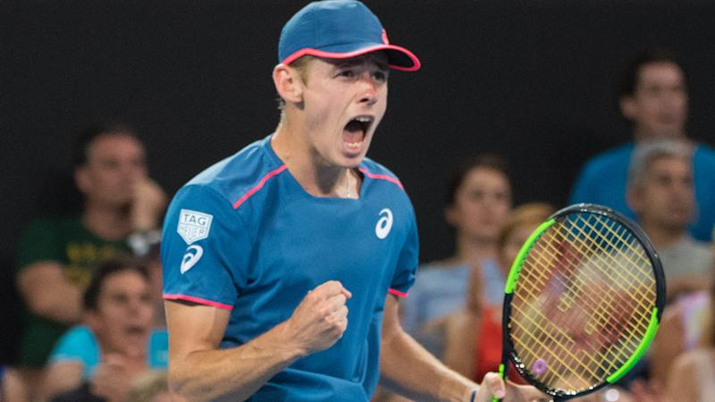 Medvedev beats Raonic to reach semifinals in Brisbane