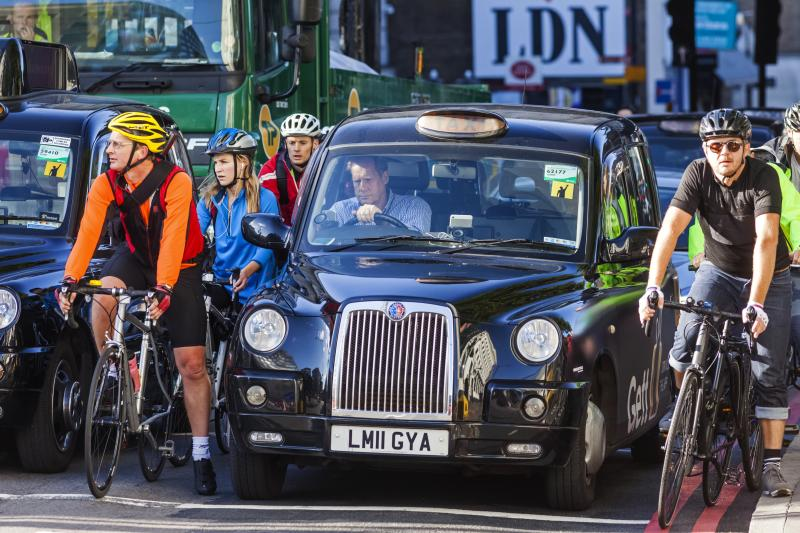 England, London, London Black Cab Taxi Stuck in Traffic (Photo by: Dukas/Universal Images Group via Getty Images)