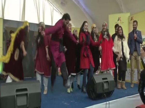 Actor Ameesha Patel performs at the event in Baramulla, Jammu and Kashmir.  (Photo; ANI)